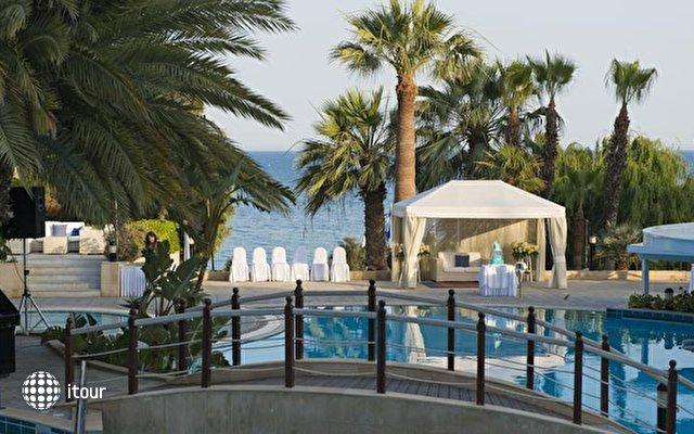 Mediterranean Beach Hotel 3