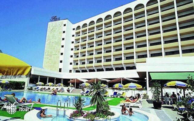 Ajax Hotel 1
