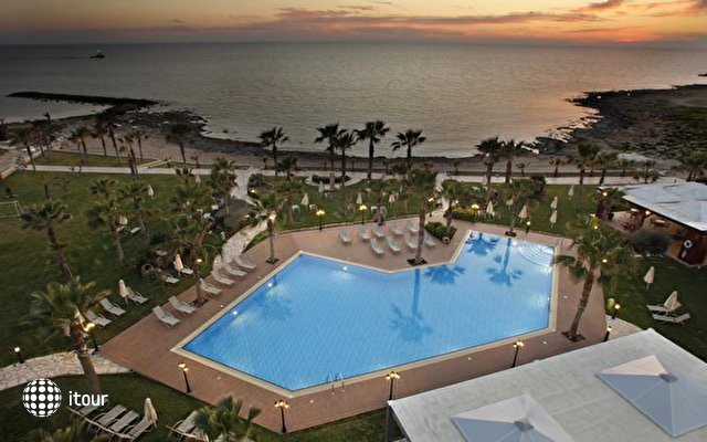 Aquamare Beach Hotel & Spa 6