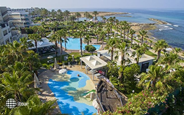 Aquamare Beach Hotel & Spa 2