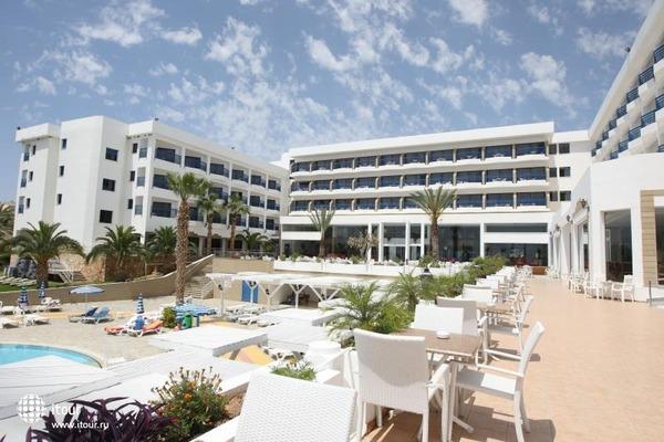 Ascos Beach Hotel 9