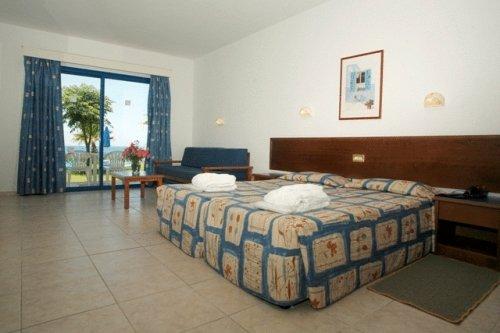 Eleni Holiday Village 7