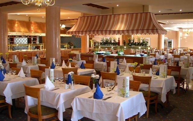 Riu Cypria Resort 6