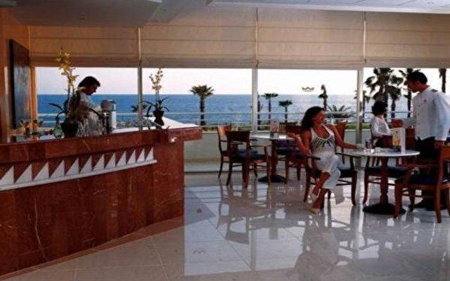 Riu Cypria Resort 9