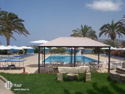 Vrachia Beach Aparthotel 2