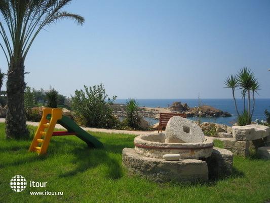 Vrachia Beach Aparthotel 5