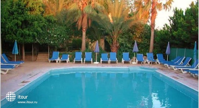 Nicki Holiday Resort 2