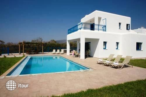 Azzurro Luxury Holiday Villas 2