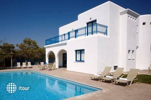 Azzurro Luxury Holiday Villas 9