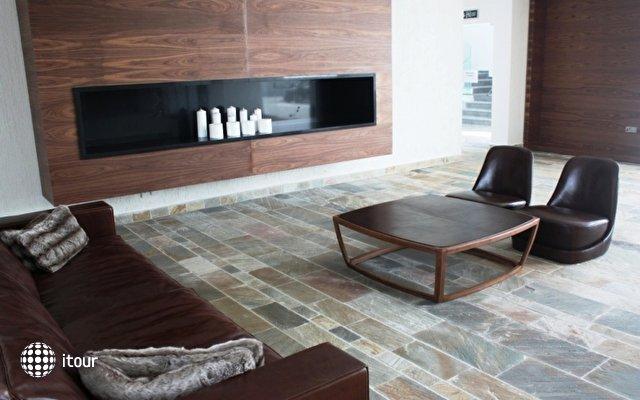Amphora Hotel & Suites 4