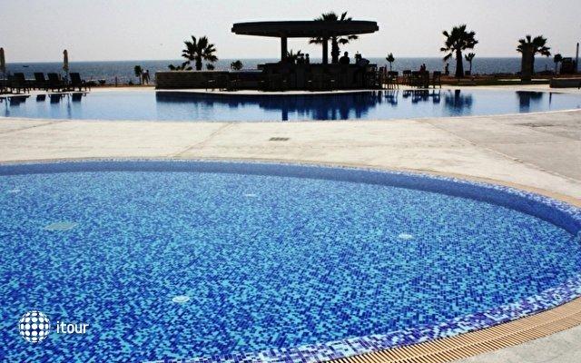 Amphora Hotel & Suites 10