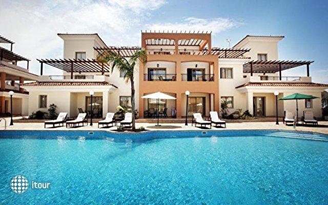 Oracle Exclusive Resort 1