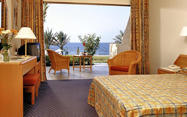 Athena Beach Hotel 7