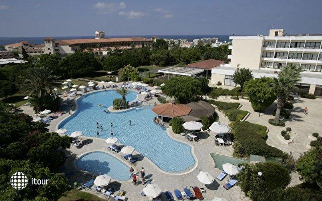 Avanti Hotel 1