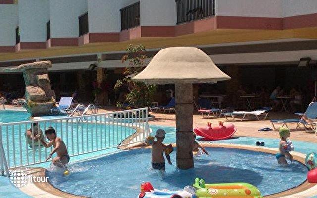 Avlida Hotel 10