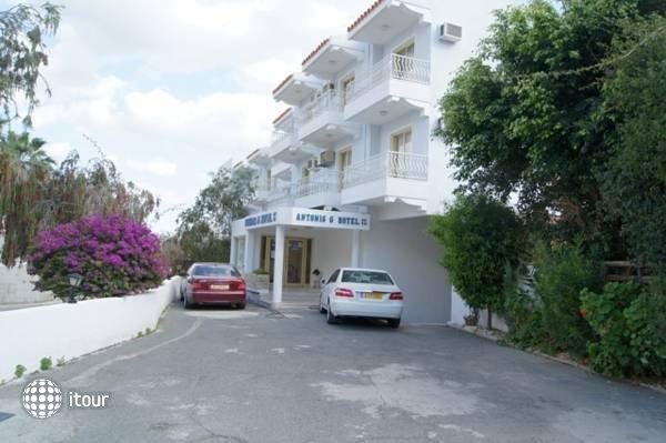 Antonis G Hotel 8