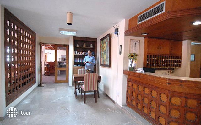 Sunflower Hotel Apts 1