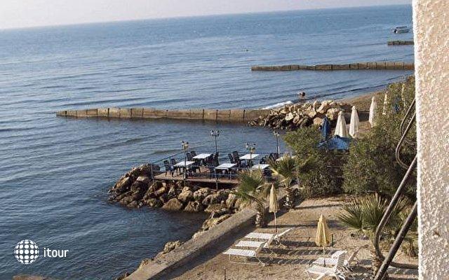 Sand Beach Castle Hotel 4