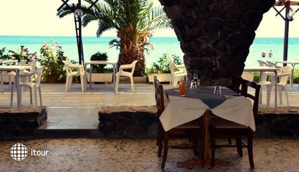 Sand Beach Castle Hotel 5