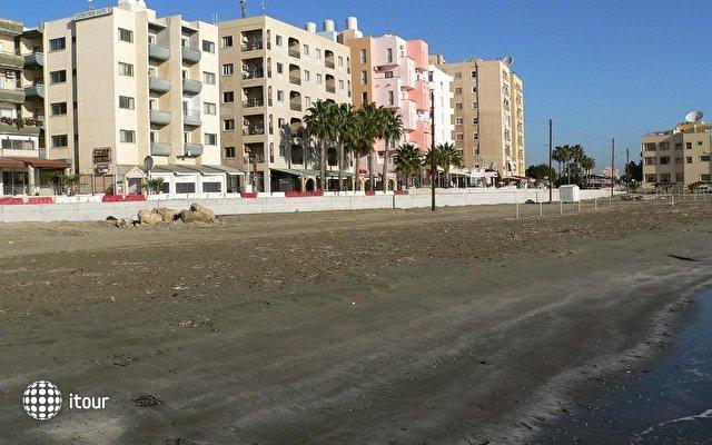 Costantiana Beach 1