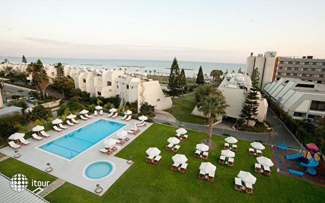Frixos Suites Hotel Apartments 4