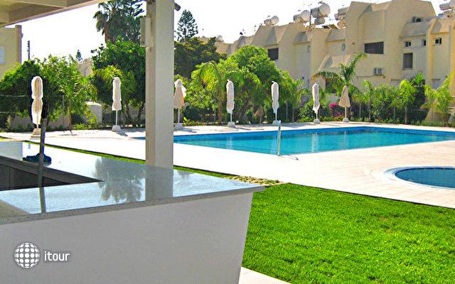 Frixos Suites Hotel Apartments 3