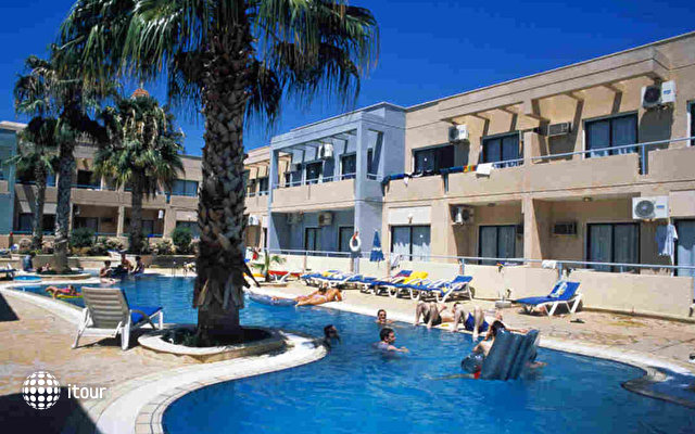 Anthea Hotel Apartments 3