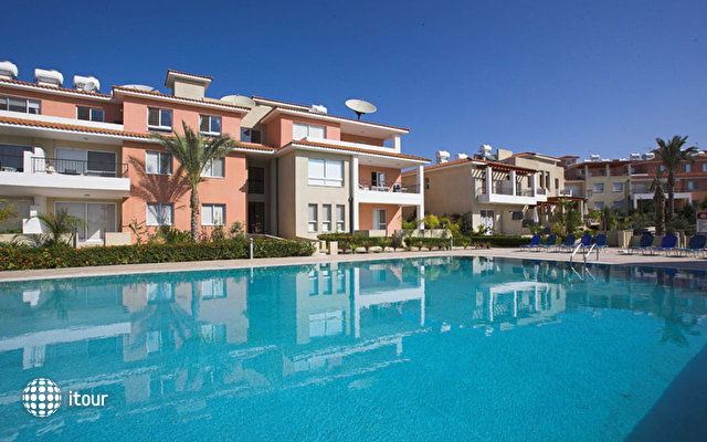Anthea Hotel Apartments 4