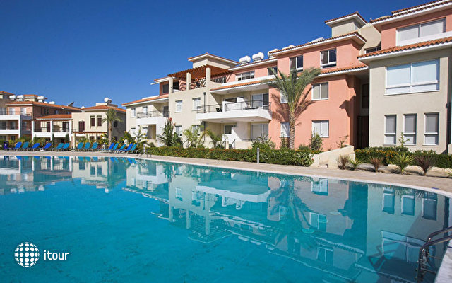 Anthea Hotel Apartments 1