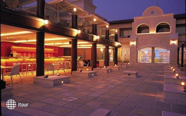 Napa Plaza 10
