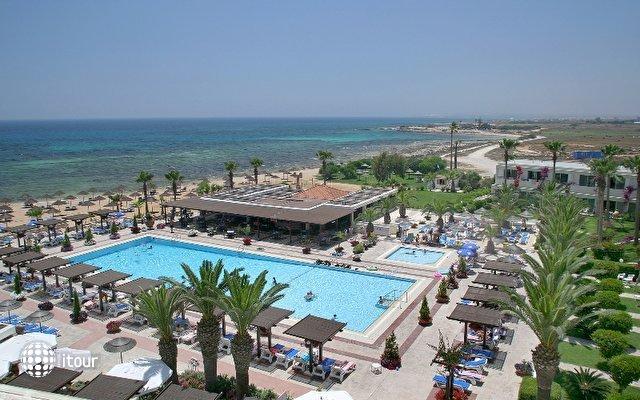 Dome Beach Hotel & Resort 2