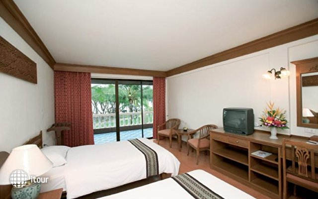 Dome Beach Hotel & Resort 5