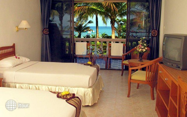 Dome Beach Hotel & Resort 6