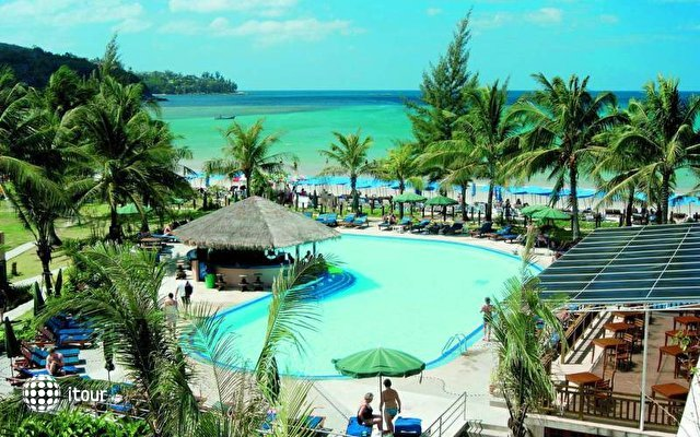 Dome Beach Hotel & Resort 7