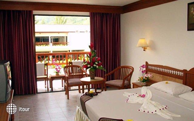 Dome Beach Hotel & Resort 3