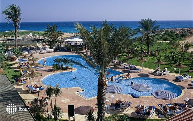 Crown Resorts Yiannoula Beach Hotel 3
