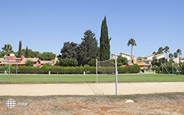 Macronissos Village Club 7