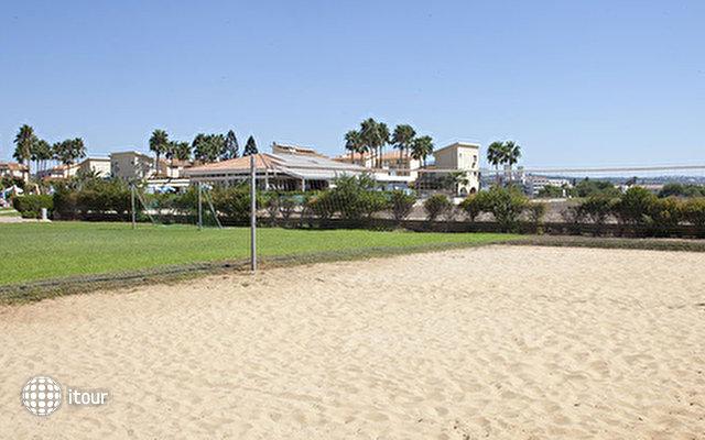 Macronissos Village Club 8