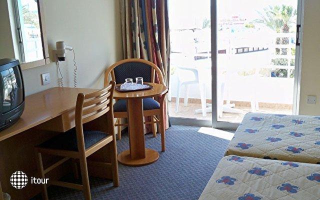 Oceanos Beach Hotel 4