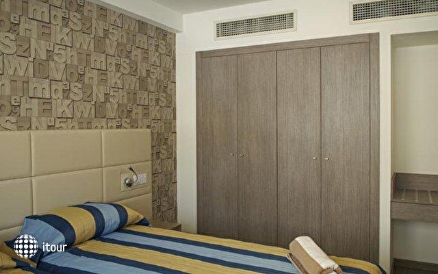 Melpo Antia Luxury Apts And Suites 9