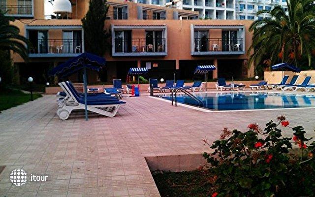 Eleana Hotel Apts 5