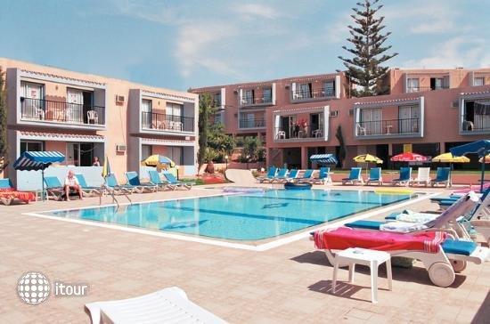 Eleana Hotel Apts 2