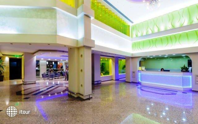 Tasia Maris Beach Hotel 2