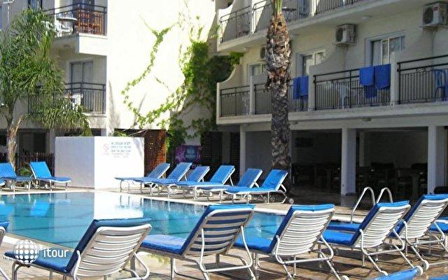 Pavlinia Hotel & Apartments  5