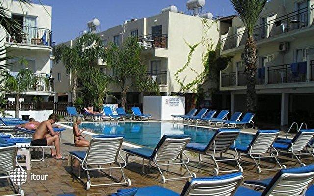 Pavlinia Hotel & Apartments  6
