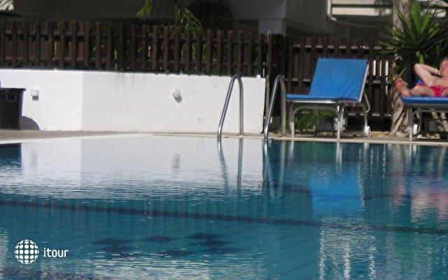 Pavlinia Hotel & Apartments  7