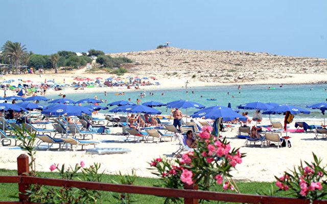 Pavlo Napa Beach Hotel 8