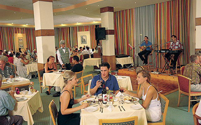 Pavlo Napa Beach Hotel 3