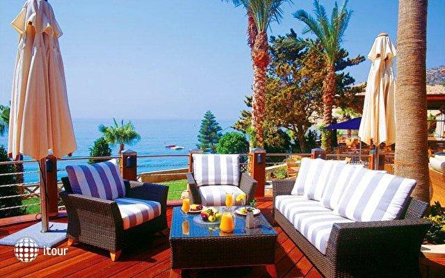 Columbia Beach Hotel 9