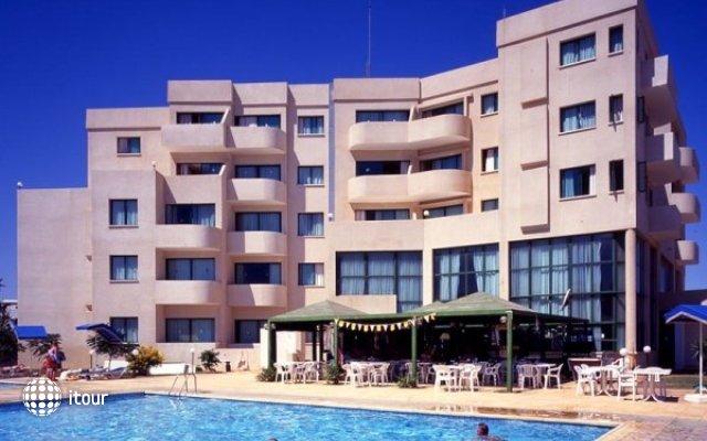 Isaac Hotel Apartments 1